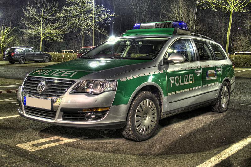 http://www.forumpassat.fr/uploads/1077_800px-polizei_vw_passat_hdr.jpg