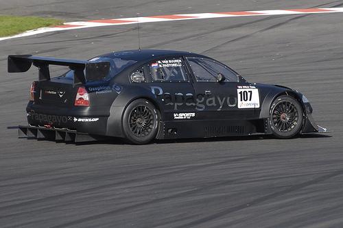 http://www.forumpassat.fr/uploads/20_passat_race_02.jpg