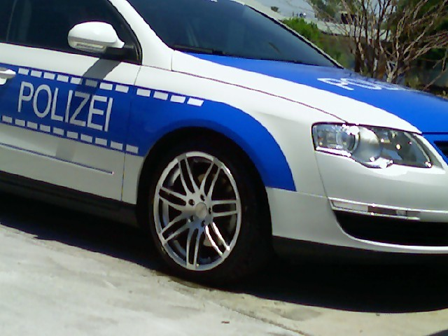 http://www.forumpassat.fr/uploads/20_polizei_06.jpg